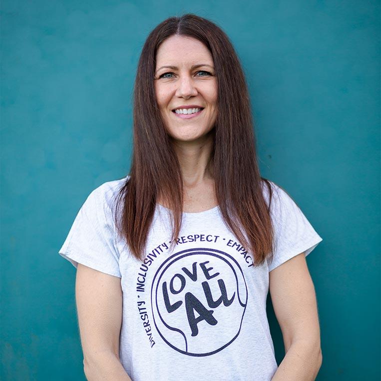 Jessica Bottesch Business Manager